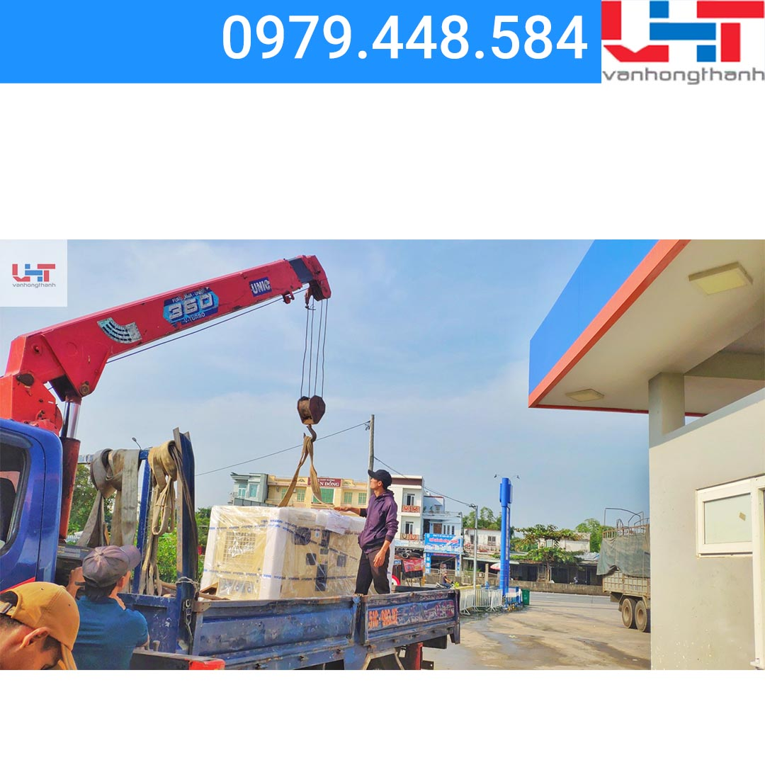 Máy phát điện công nghiệp ba pha – Xăng dầu Hà Lam